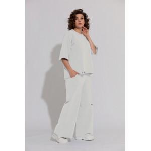 BEGIMODA 3012 молочный Спортивный костюм