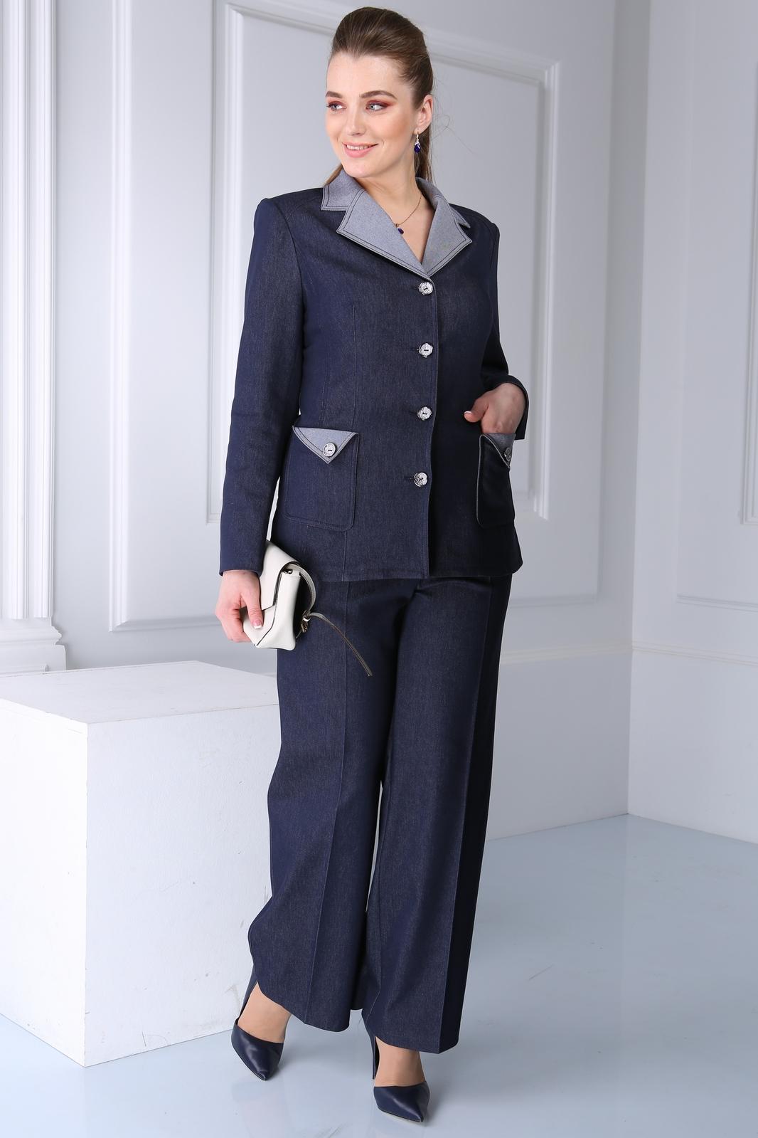 Женский костюм 58 размера